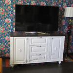 16.Мебель из массива под ТВ