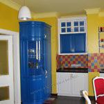 23.деревянный угловой шкаф на кухню