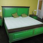 24.кровать из массива дерева